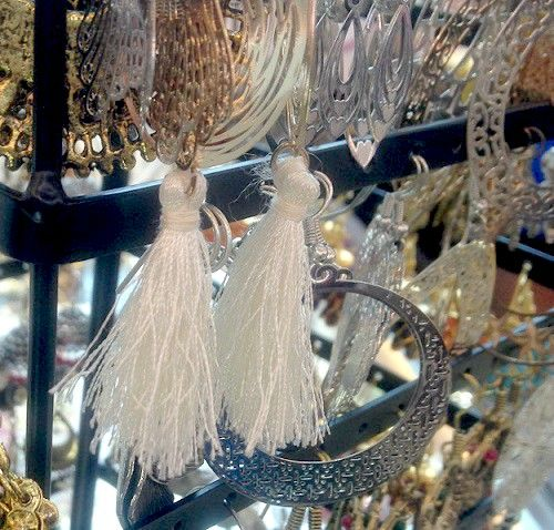 7 types of beautiful TASSELS and How to make them