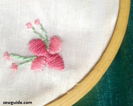 Embroidery Stitches guide - Whipped Spider Web Stitch | molliemakes.com