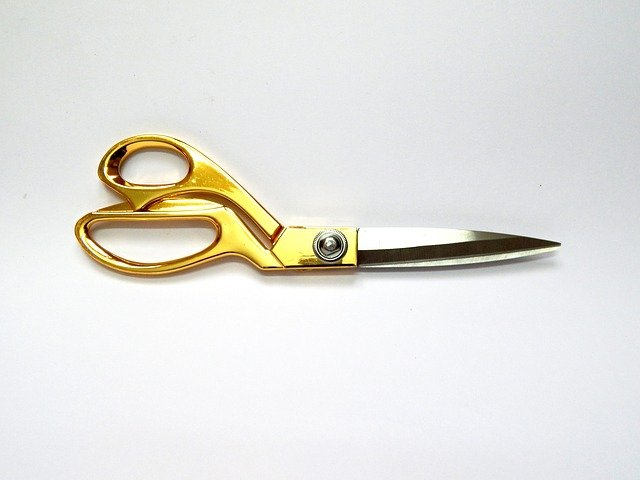 cutting tool for sewing