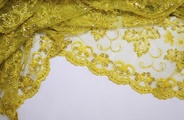 sewing with lace fabric