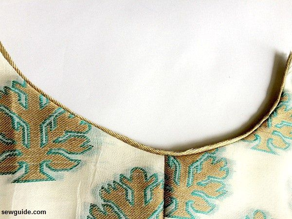 neckline piped edge