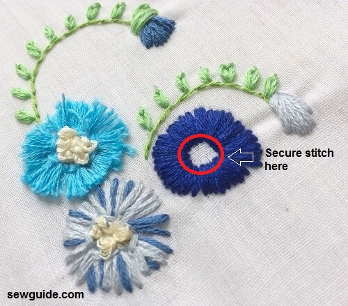 3d flowers in embroidery