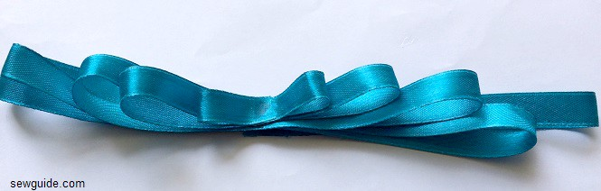 ribbon bow making