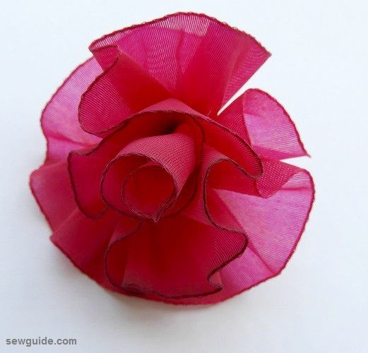 Ribbon Rose - 7 types of roses you can make easily
