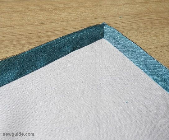 Example of desired border mitering