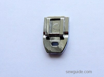 Presser Foot { A detailed 33 Sewing Machine Feet Guide