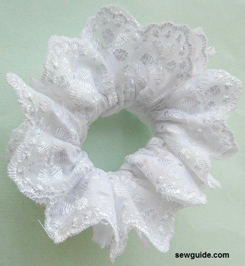 how to make scrunchie with lace