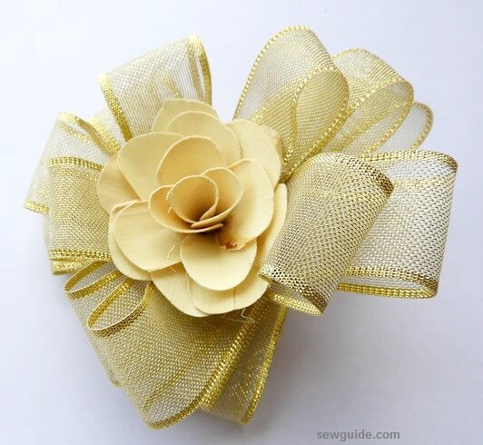 easy way to make a ribbon flower