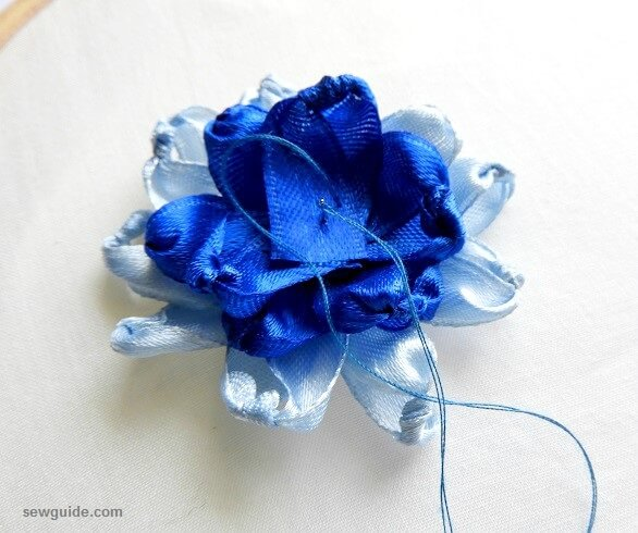 how are ribbon flowers made