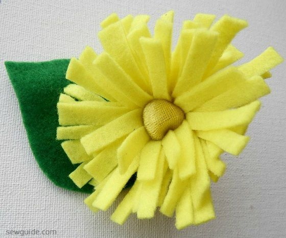 flower making diy with felt