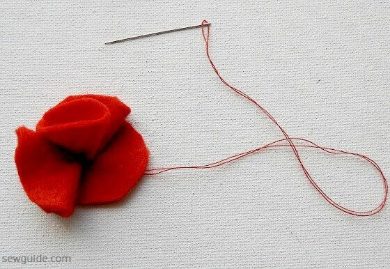 How to make Felt flowers - 10 easy tutorials to make DIY felt flowers