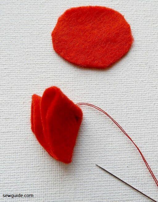DIY tutorial to make felt flowers