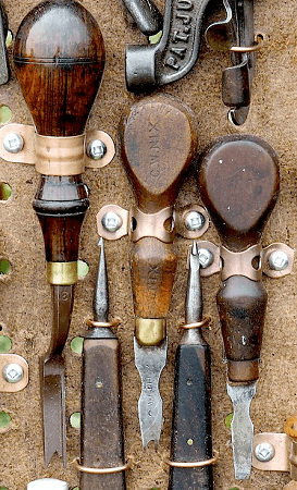 Hand Sewing Leather - 30 tools & supplies you (may or may not) need to buy to get started