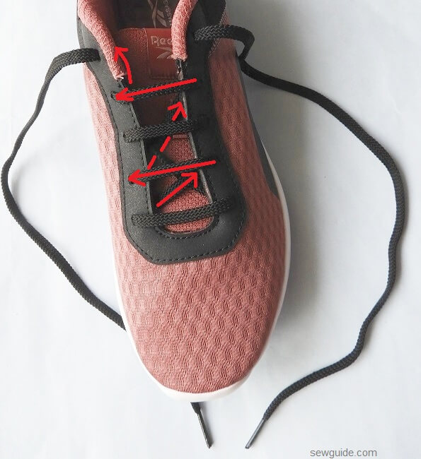 how to tie a shoe lace