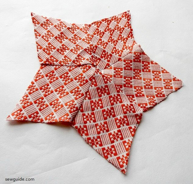sewing tutorial to make a star with fabric