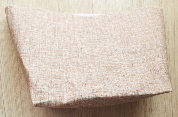 How to sew a zippered tote bag