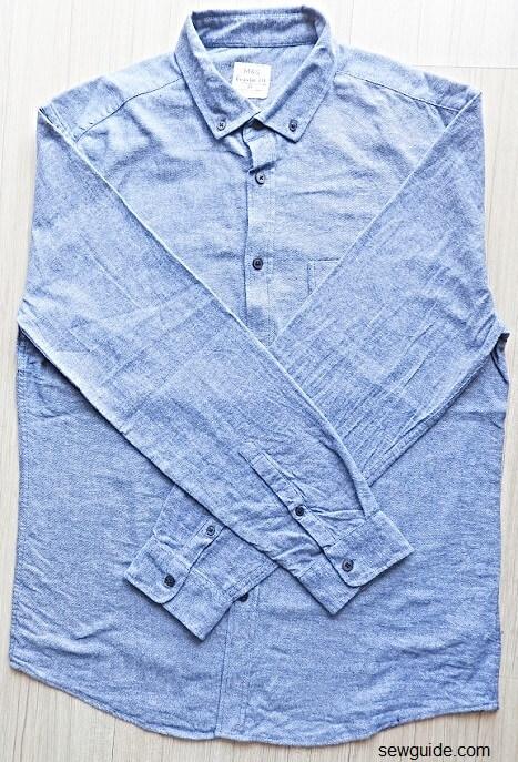 fold shirt for travel