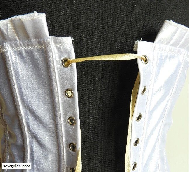 lacing of corsets