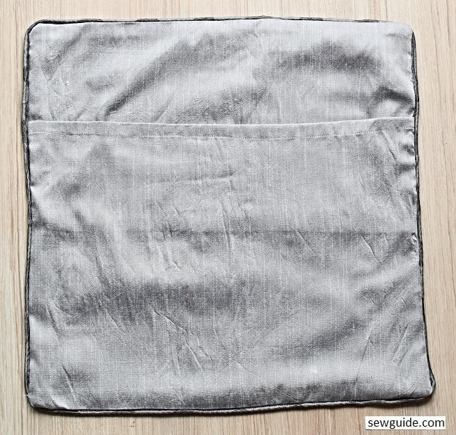 envelope cushion cover- piping