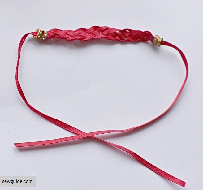 make a bracelet - tutorial