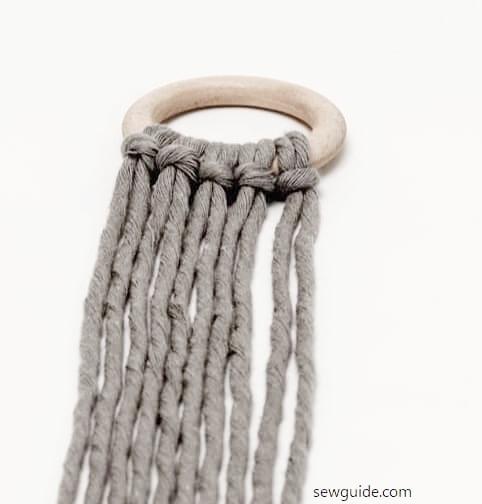 macra,e napking ring larks head knot